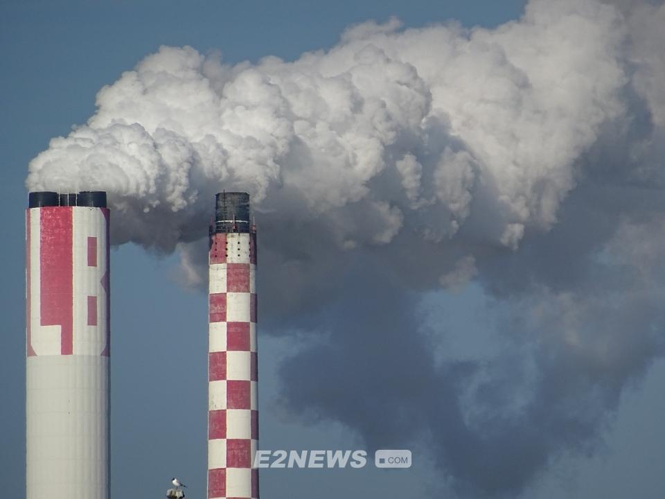 ▲오는 2020년부터 질소산화물(NOx)을 배출할 경우 대기배출부과금을 매긴다.